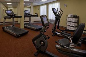 2631759-Hyatt-Place-Mohegan-Sun-Fitness-Center-1-DEF